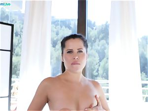 seductive stunner Cassie Fire is drenching moist in rectal