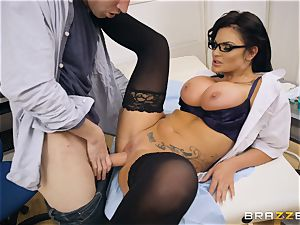 Candy Sexton deep-throating on Danny D
