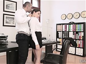 Valentina Nappi strips off and drills her boss