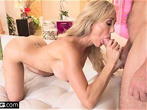 splashing Brandi love likes having a pipe in her vag