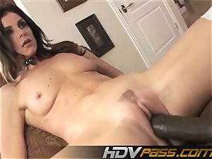 HDVPass multiracial hook-up with India Summers