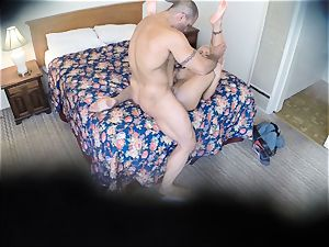 naughty Nina Elle pummels her man at the hotel
