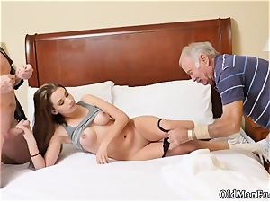 elderly mom hard-core pound first-ever time presenting Dukke