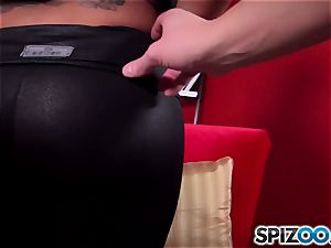 Spizoo - see Kimberly Kendall fucking a massive spunk-pump