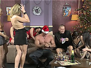 The fuck-fest Game before Christmas episode 1