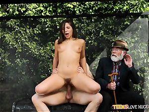 jokey situation of cunt slammed daughter and her grandfather sees at bus stop - Abella Danger and Bill Bailey