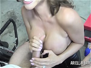 Ariella Ferrera pays the bills with her torrid poke fuck hole