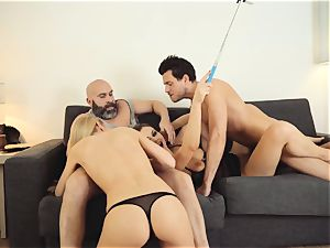 LOS CONSOLADORES - steaming swinger 4 way with hot stunners