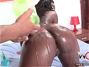 threesome with the black brazilian clit