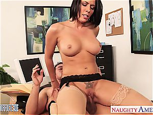 kinky Rachel Starr mischievous for salami at the office