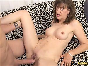 senior lady babe Morgan milks and smashes