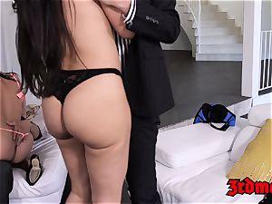 buxomy cougar 4some boinking until orgasm