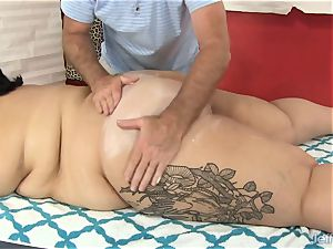 gigantic butt Mia Riley fuck stick fucky-fucky massage