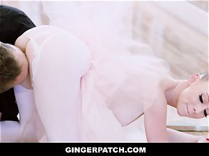 GingerPatch - red-haired Ballerina railing Judges thick rod