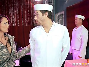 tattooed Anna Bell Peaks shafted by a sailor