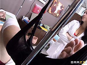 Nurse Noelle Easton gets her vengeance on her cuckold beau